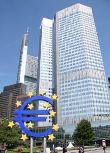 Frankfurt_Eurotower_EZB